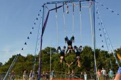 Triple-Trapeze